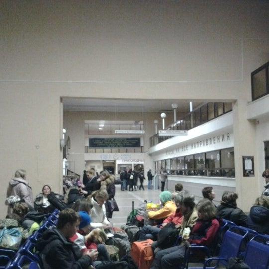 Снимок сделан в ж/д вокзал кострома-новая пользователем ivan m 8/2/2012