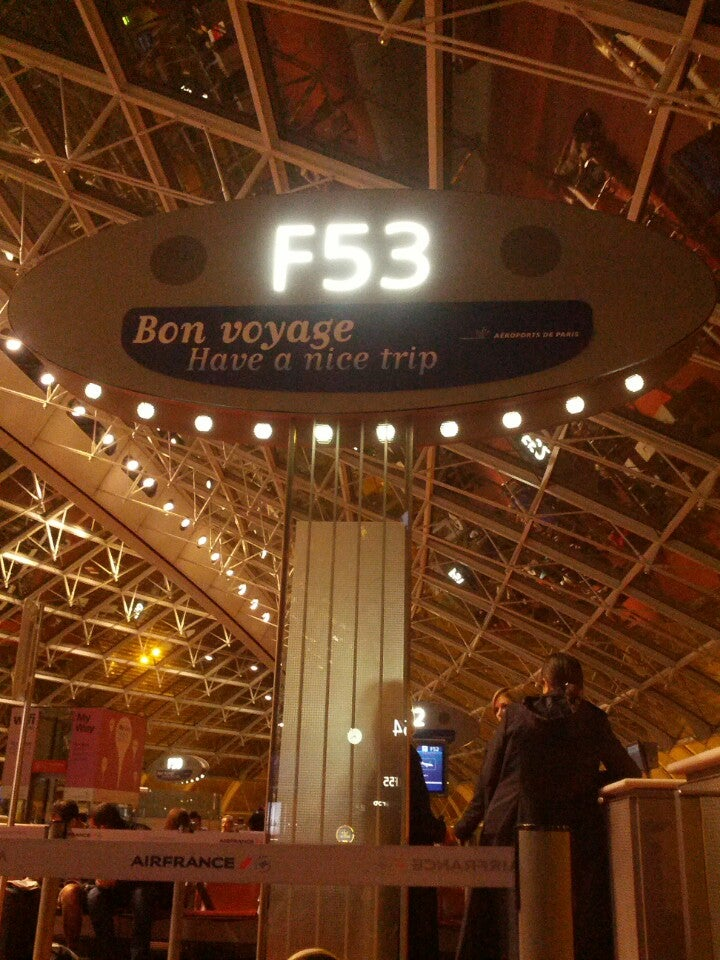ben just checked in @ Aéroport Paris-Charles de Gaulle (CDG) (Le Mesnil-Amelot, France)