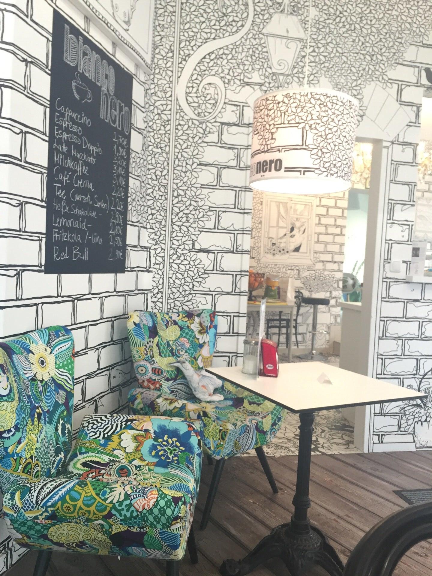 1 hei getr nk und eis f r zwei oder vier oder 1 bild im passepartout im caf bianconero ab 5. Black Bedroom Furniture Sets. Home Design Ideas