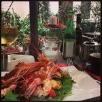 Foto scattata a Dolce&Gabbana Martini Bar da Alexander B. il 10/24/2013