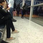 PROTIP: Si viaja en el grupo 4 de VivaColombia debe sentarse en la fila junto a la puerta de abordaje.