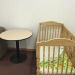 Комната матери и ребёнка - позор аэропорта. Антисанитария и грязь. Пыльная пелёнка в кроватке, никаких удобств для мамы и малыша, на полу пыльный грязный ковролин. В раковине неудобно подмывать детей.