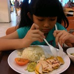 Photo taken at KL SOGO Siang Seafood Restaurant by Suri R. on 1/5/2015