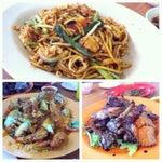 Photo taken at Eng Seng Restaurant (永成餐室) by Katie V. on 9/8/2014
