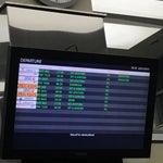 An itibariyle (22 Kasım 2015 saat 18.50) 18.30 da kalkması gereken uçağa (TK7319) henüz kimse alınmadı, ancak kalkmış gözüküyor. Kalmış olan uçağa birazdan bineceğim :)