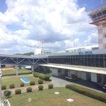 Estrutura bem simples, comparado aos outros aeroportos, mas mesmo assim bem aconchegante.