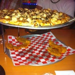 Photo taken at Shakey's Pizza by Saul E. on 12/31/2011