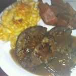 Photo taken at Kings Restaurant by Rayda N. on 5/14/2012