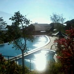 Photo taken at Jambuluwuk Resort Batu by Doni K. on 8/7/2012