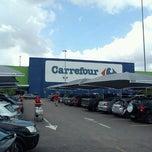 Photo taken at Carrefour by Deivison S. on 11/5/2011