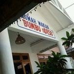 Photo taken at RM BUMBU nDesa by Irawan F. on 9/22/2011