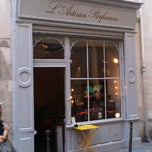 Photo taken at L'Artisan Parfumeur by Sara B. on 9/2/2011