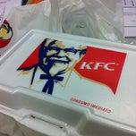 Das Foto wurde bei KFC von Wanderson C. am 5/9/2012 aufgenommen