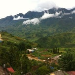 Photo taken at Holiday Sapa Hotel by Fizzycitrus on 7/7/2012
