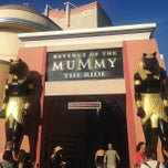 Photo taken at Revenge of the Mummy by jyatelier on 7/30/2013