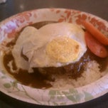 Photo taken at CJs Comfort Zone Maui Deli & Diner Maui Restaurant by James O. on 9/22/2012