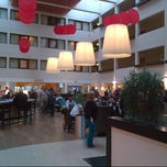 Photo taken at Hilton London Gatwick Airport by Ahmet A. on 5/12/2013