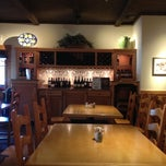 Photo taken at Olive Garden by Henry C. on 11/23/2012