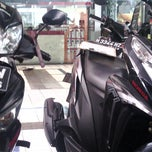 Photo taken at Astra Honda Motor Semarang by Ayudyah P. on 2/7/2013