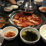 Photo taken at 새마을식당 by 성장용(Jacky Seong) on 8/26/2014