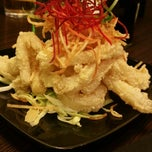 Photo taken at Wasabi Bistro And Sushi Bar by Kevin S. on 3/7/2015