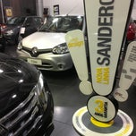 Photo taken at Renault Dinisa Oceânica by Renato R. on 7/24/2013