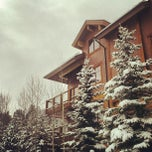 Photo taken at Mountain Thunder Lodge by Stacy S. on 2/24/2013