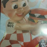 Photo taken at Frisch's Big Boy by Kathleen B. on 3/29/2014