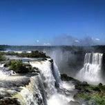 Photo taken at Cataratas del Iguazú by Ilya U. on 12/25/2012