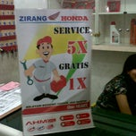 Photo taken at Zirang Honda by Agus c. on 5/30/2014