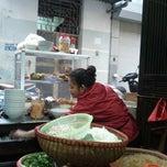 Photo taken at Bún Ngan Cô Tuyết by Tuan L. on 12/14/2013