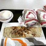 Photo taken at Taco Bell by Vincent B. on 4/4/2015