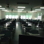 Photo taken at คณะมนุษยศาสตร์ (Faculty of Humanities) by Nantakarn S. on 5/15/2013