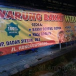 Photo taken at Warung Bakmi Wirowargo by Lukman F. on 6/28/2014