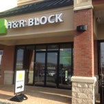Photo taken at H&R Block by Navnit M. on 1/13/2014
