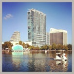 Photo taken at Lake Eola Park by A l e x a n d r a  ♡ on 11/8/2013