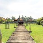 Photo taken at Jadul Village Villa & Spa by Setiadi S. on 8/15/2014