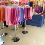 Photo taken at Ariani Boutique ( Scarf & Shawl ) by Cik N. on 4/6/2013