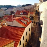 Photo taken at Stari Grad (Old Town) by 엉거 이. on 11/28/2014