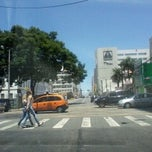 Photo taken at Rua 24 de Maio by Rafael M. on 2/6/2014