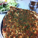 Photo taken at Öz Kilis Kebap ve Lahmacun Salonu by Hilmi H. on 12/13/2012