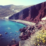 Photo taken at Κόκκινη Παραλία (Red Beach) by Mirta D. on 6/19/2013