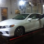 Photo taken at Simoniz Car Wash by arbkv on 12/21/2013