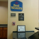 Photo taken at Best Western Rose City Conference Center Inn by William H. on 1/15/2013