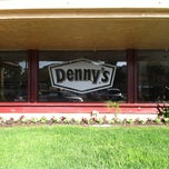 Photo taken at Denny's by Ronald Chino C. on 5/22/2013