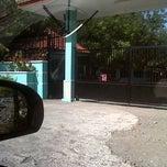 Photo taken at SMA Negeri 13 Surabaya by Eacyy K. on 8/5/2014