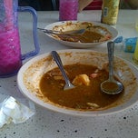 Photo taken at Mee Bandung Muar by Firdaus A. on 9/16/2012