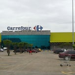 Photo taken at Carrefour by Maicon L. on 3/19/2013