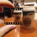 Photo taken at TULLY'S COFFEE 横浜相鉄ジョイナス店 by さとみ on 1/27/2013