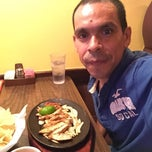 Photo taken at Los Arcos Mexican Restaurant by Ruben on 10/25/2014